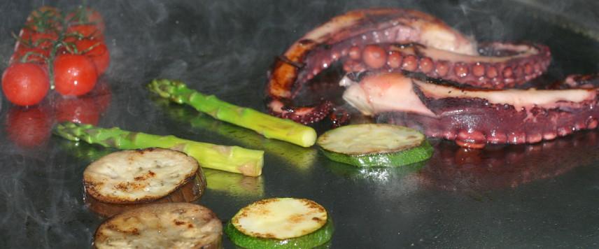 Pulpo y verduras a la plancha